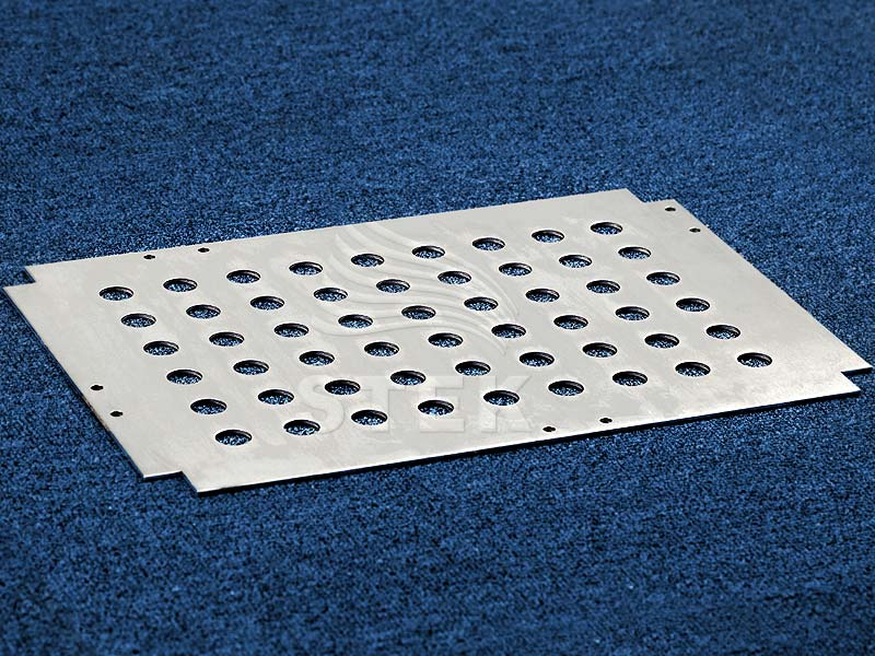 3mm圆孔冲孔铝板侧面