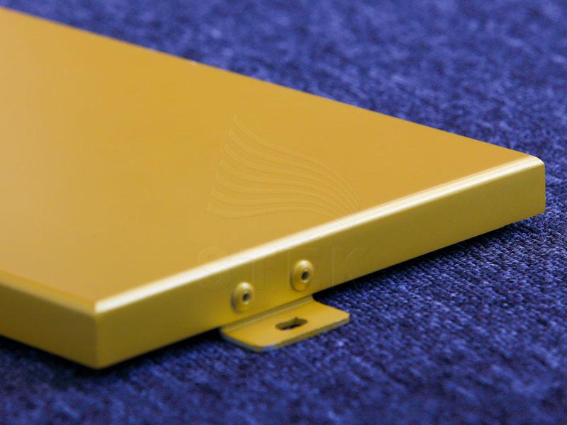 金色氟碳喷涂铝单板